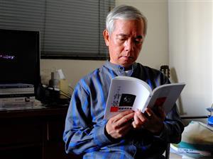 蘇紹連:寫詩的養成是靠「自學」,靠著不斷地「讀」和「寫」