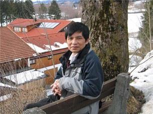 黃鶴昇《宇宙心論》獲僑聯總會「人文科學學術論著」獎感言